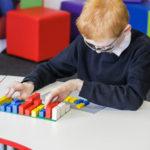 Chystají se LEGO kostky s Braillovym písmem!