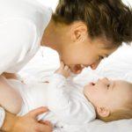 Problémy ve vývoji miminka pozná fyzioterapeut už ve třech týdnech života